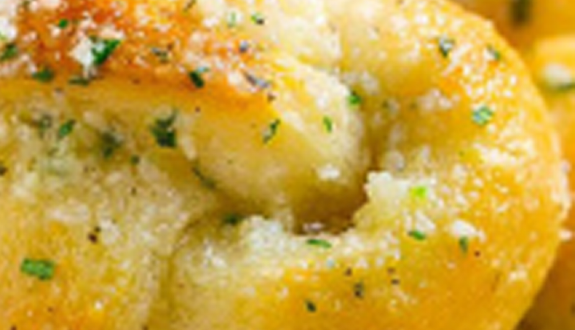 Garlic-Knots-Recipe---Layla's-Garlic-Whip
