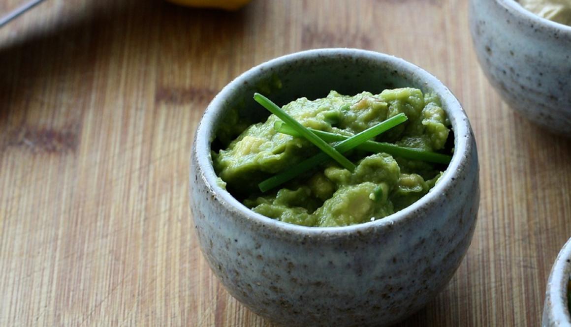 Guacamole-Dip-Recipe2--Jalapeno-Cilantro-Garlic-Whip